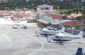 The airport is a tiny gateway to a posh tropical island served by Winanir, St. Barth Commuter and Tradewinds. Photo by Kathryn B. Creedy
