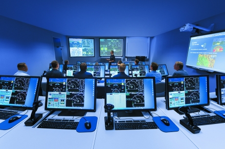 FlightSafety_Classroom_MATRIX_Training_013